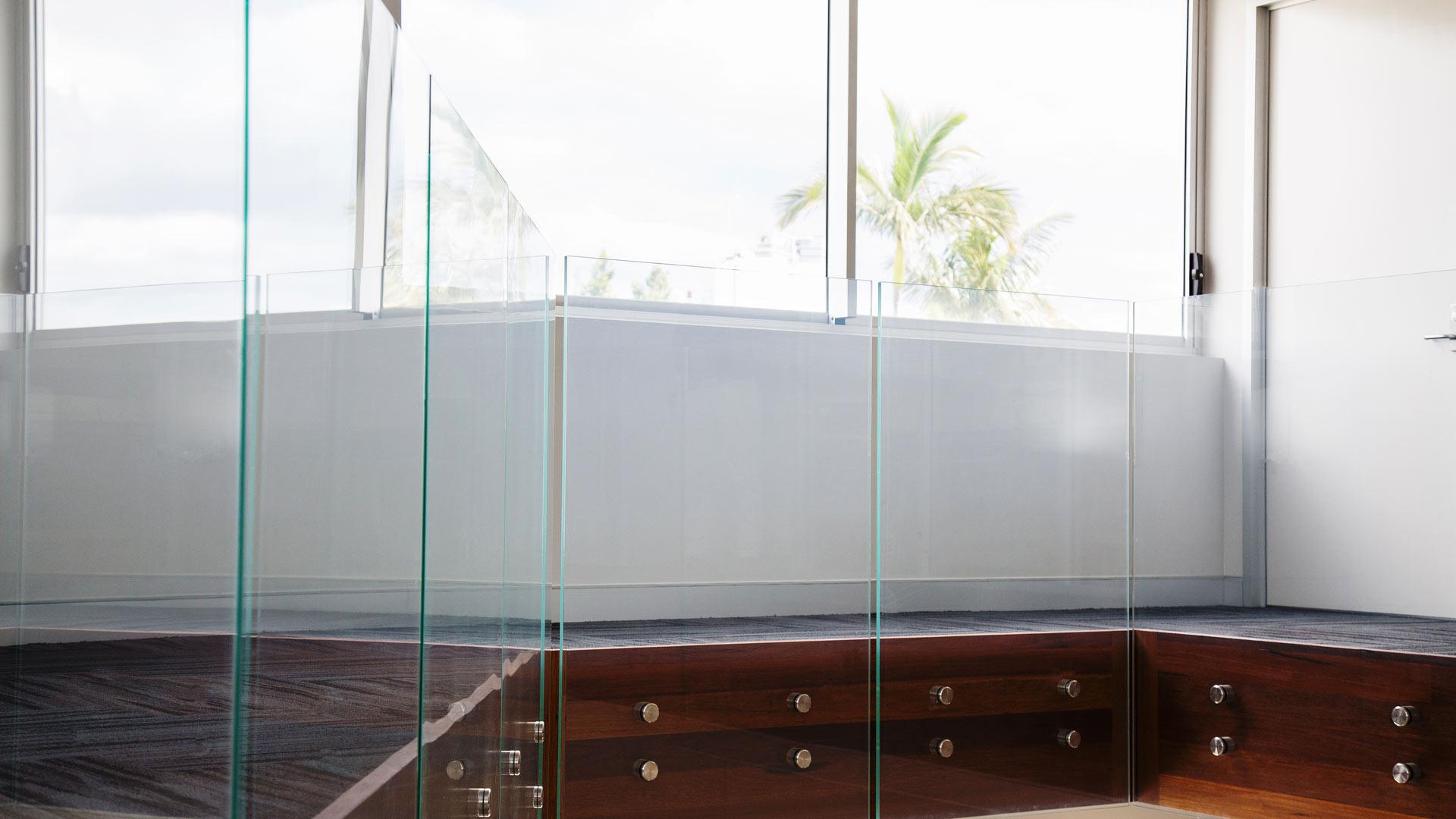 balustrading laminate, laminate safety glass, safety glazing, frameless safety glazing