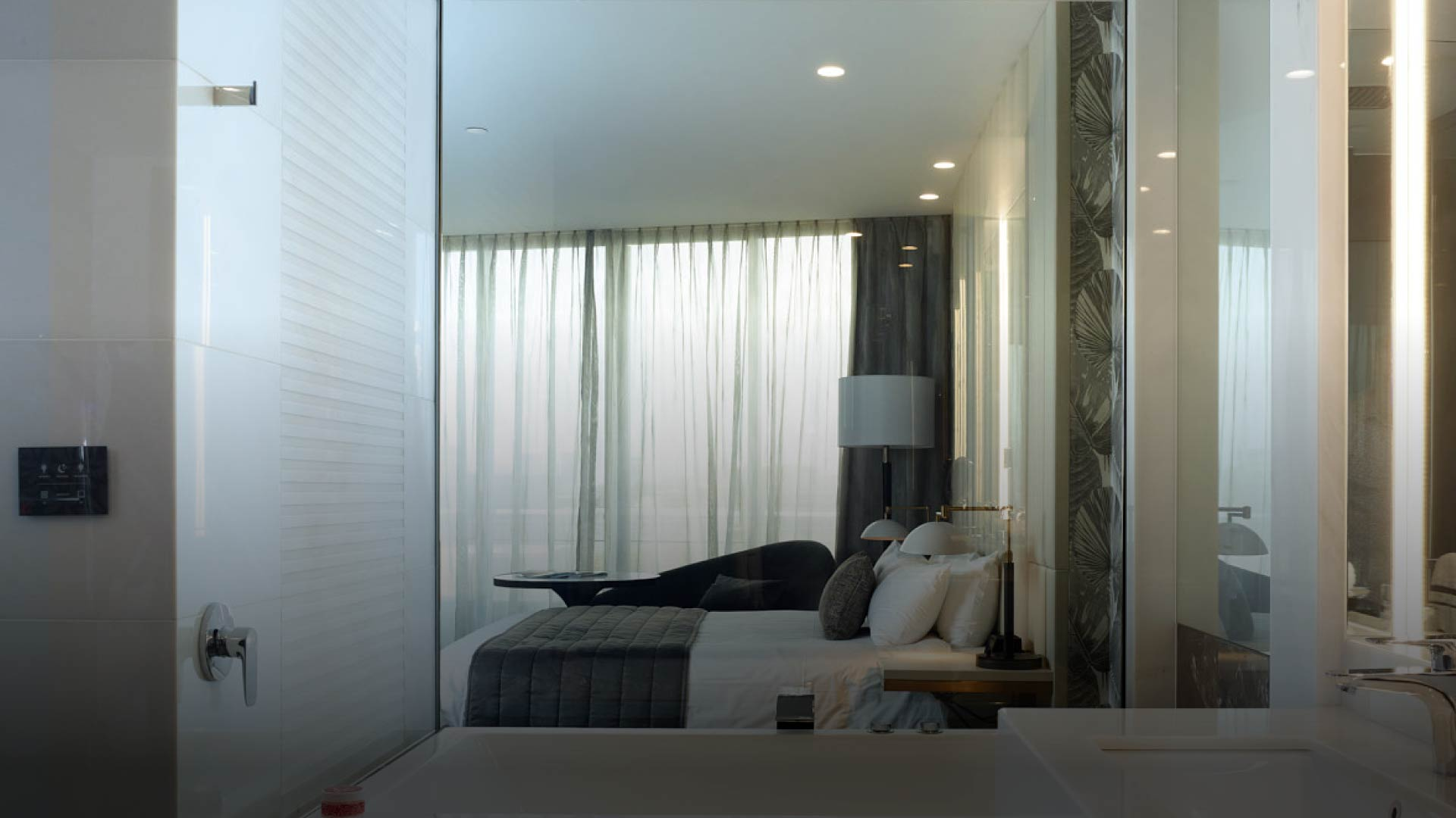 smart privacy glass, switchable privacy glass, switchable glass, electric glass, switchable smart glass